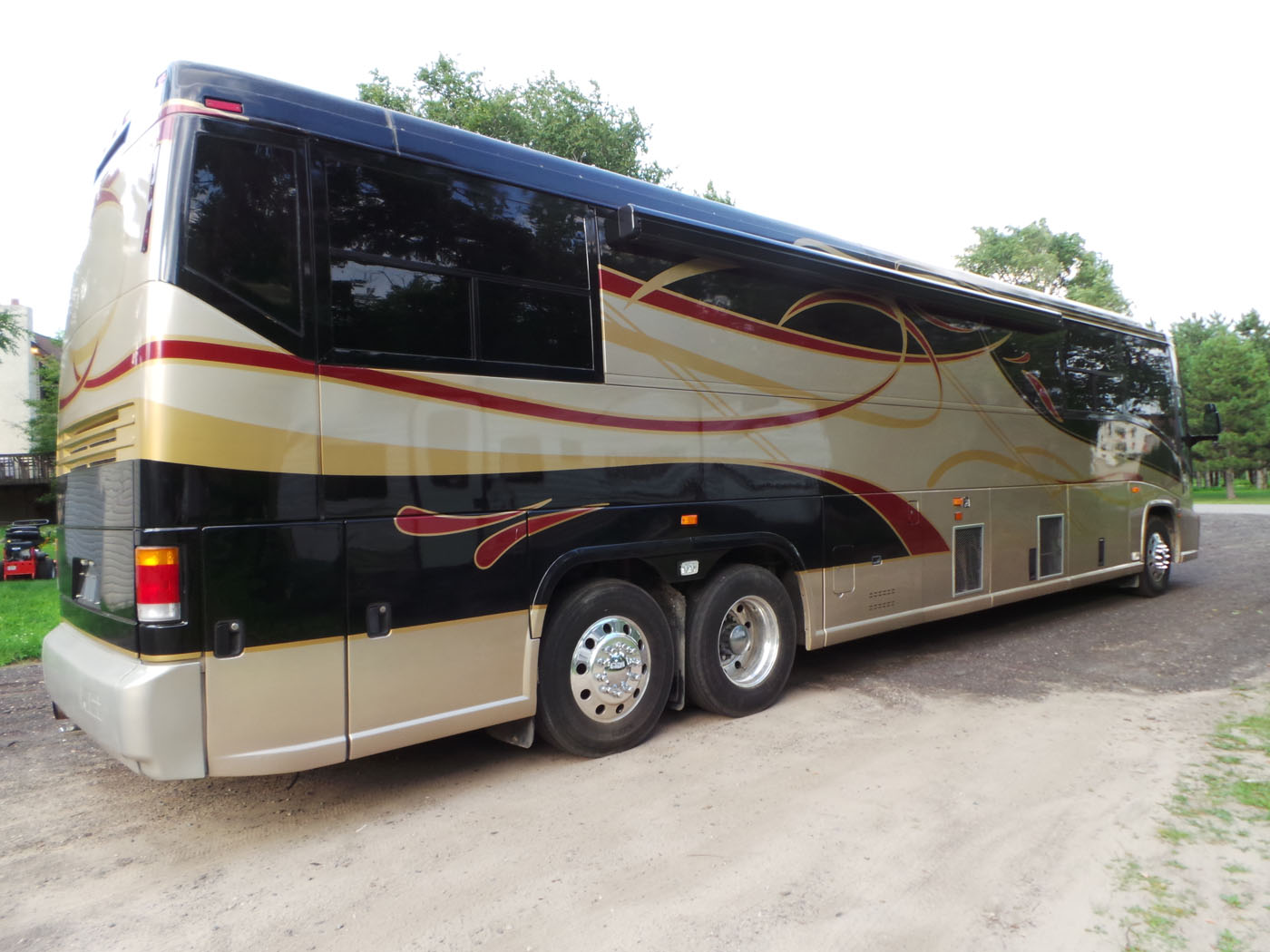 1999 Mci Bus New And Used Buses Motorhomes And Rvs For Sale