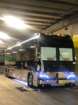 2015 Prevost XLII Bus for sale