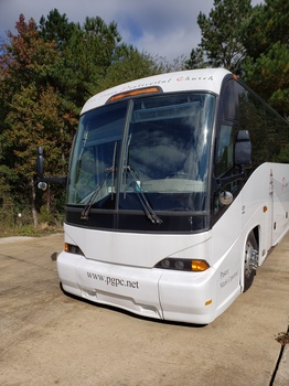 2003 MCI J4500 Bus for sale