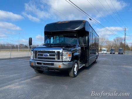 2016 Ford bus | New and Used Buses, Motorhomes and RVs for sale
