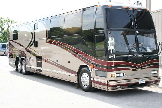 Prevost buses for sale new used buses and motorhomes tour for Used motor coach buses for sale