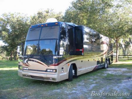 Prevost Buses
