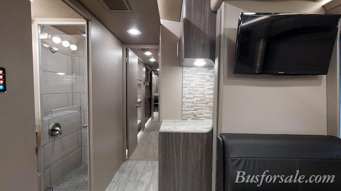 prevost black single women Prevost is the leading north american manufacturer of premium passenger coaches and conversion coaches for high-end motorhomes and specialty conversions.
