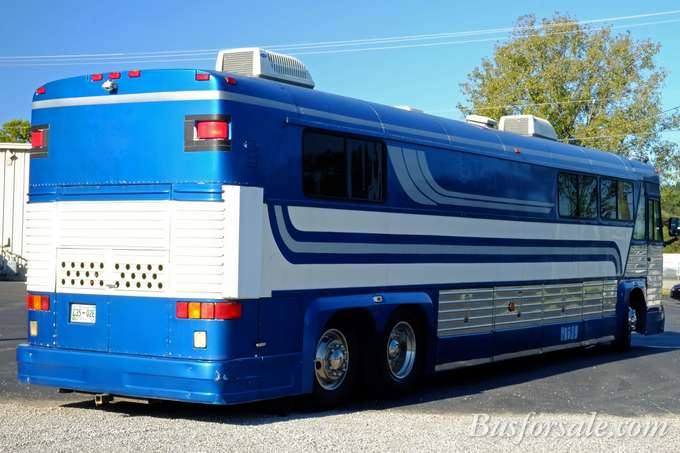 Beautiful  New And Used Motorhomes Tour Bus And Buses For Sale  BusForSalecom